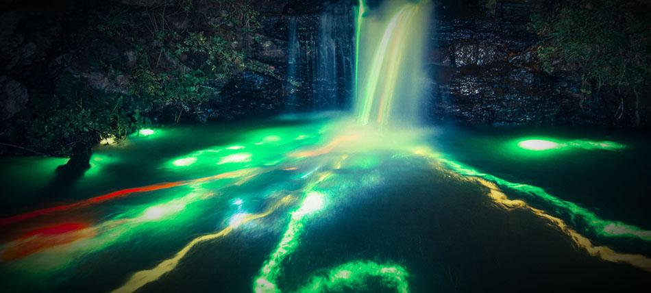 waterfalls-glowsticks